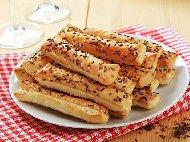Бабините бързи и вкусни соленки със сирене, кисело мляко и ким